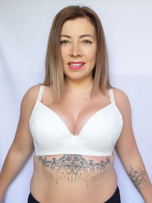 Idealny dla średnich i małych piersi, gwarantuje podkreślenie i powiększenie piersi - doskonały do głębokich dekoltów.